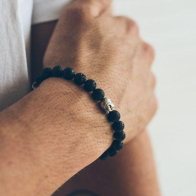 pulseira-masculina-em-bola-de-lava-vulcanica-atisa-black-preta-key-design