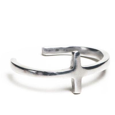 bracelete-feminino-em-metal-cruz--