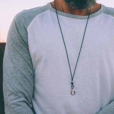 colar-masculino-hook-silver-slim-key-design