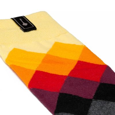 Socks-Rainbow-Yellow-02