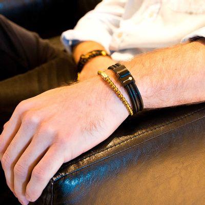 pulseira-masculina-em-tecido-sintetico-com-aparencia-de-couro-huerta-trend-black-series