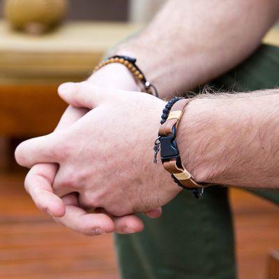 pulseira-masculina-em-couro-sintetico-piacenti-caramel