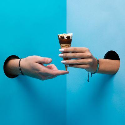 key-design-pulseiras-dia-dos-namorados-joy-conceito