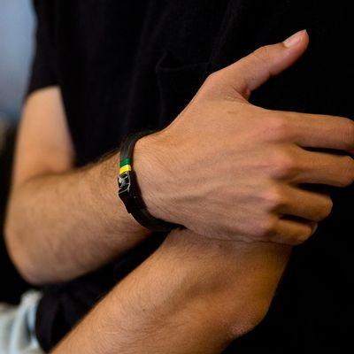 8---KEY-DESIGN-pulseira-copa-respeito-preta-conceito