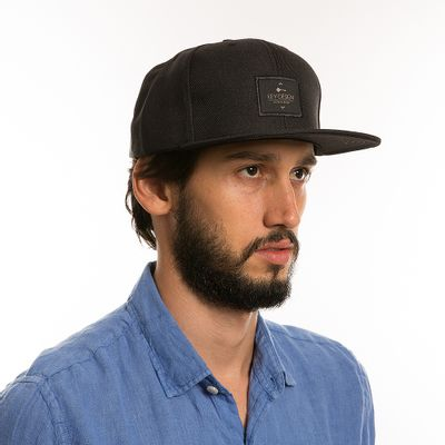 key-design-acessorio-masculino-bone-hat-black-corpo