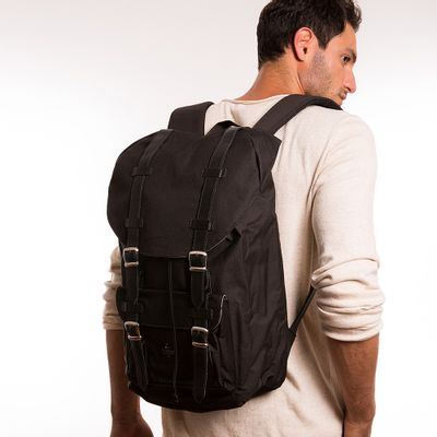 key-design-acessorio-masculino-mochila-backpack-black-corpo