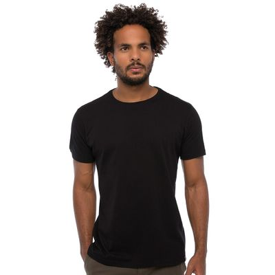 Camiseta-Basica---Preta-Lookbook-01-01-min