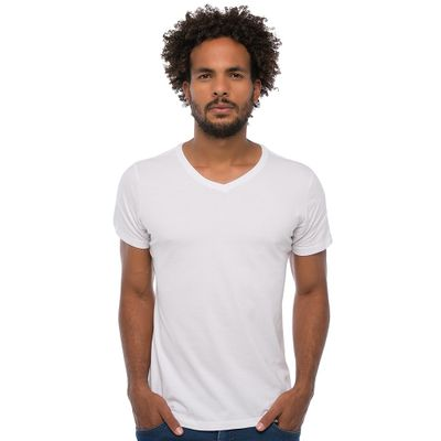 Camiseta-V---Branca-Lookbook-01-01-min