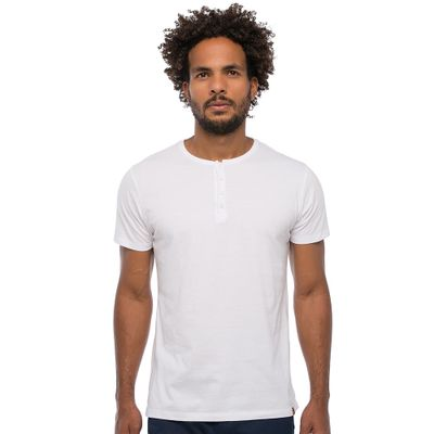Camiseta-Henley---Branca-Lookbook-01-01-min