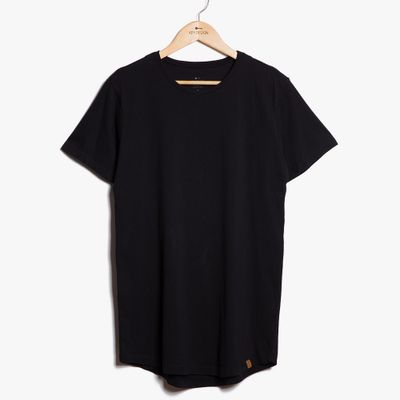 Camiseta-Long---Preta-01-02