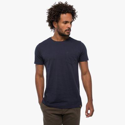 Camiseta-Basica-Com-Bolso---Azul-Marinho-Lookbook-01-02