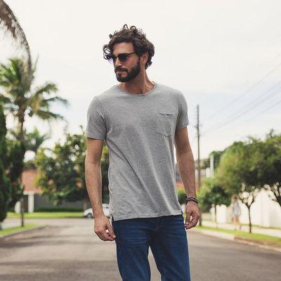 camiseta-basica-com-bolso---cinza