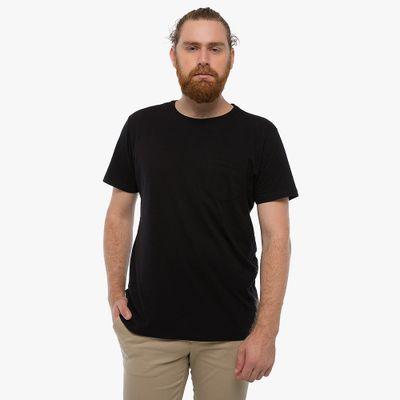 Camiseta-Basica-Com-Bolso---Preta-Lookbook-01-02