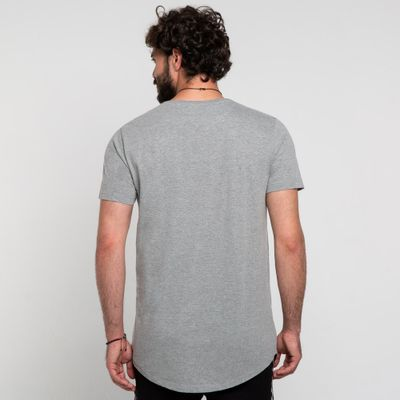Camiseta-long-cinza-costas