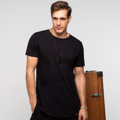 Camiseta-long-preta-frente