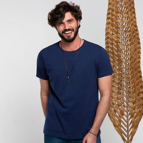 camiseta--gola-careca-azul-marinho