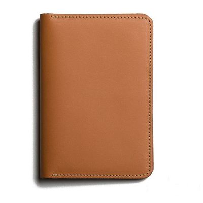 porta-passaporte-passport-wallet-bilbo-caramel-01