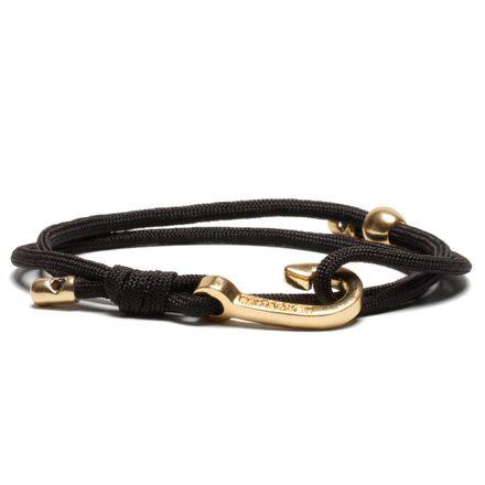 Hooking-gold-black