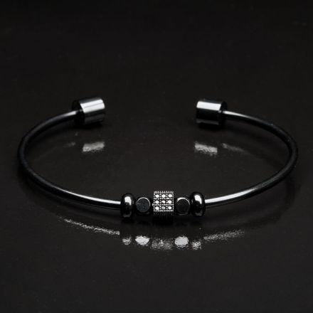 fundo-preto-cuffs-Prancheta-6